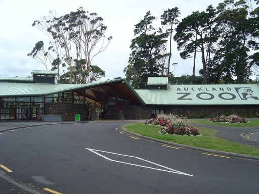 http://www.quia.com/files/quia/users/nzcutedoll/Town-buildings/auckland-zoo.jpg