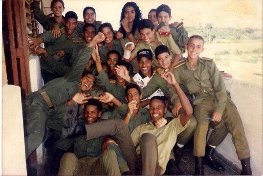 Quia - Uniformes Estudiantiles de Cuba
